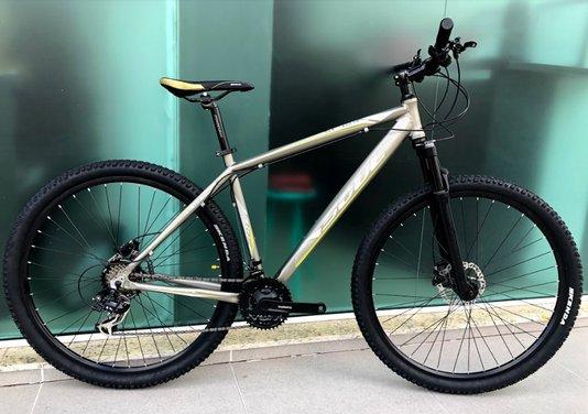 Bicicleta Soul SL129 Alumínio Aro 29 Freios à Disco Mecânico - Cinza/Branco/Amarelo L/19